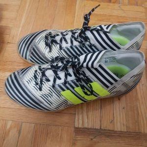 Youth kids shoe 5